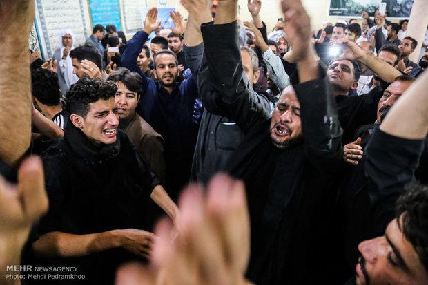تشيع جثمان احد الشهداء جراء القصف الإسرائيلي على مطار تيفور