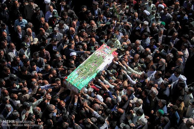 تشییع شهید مدافع حرم مرتضی بصیری پور