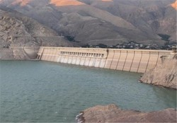 وضعیت رودخانه دویرج دهلران بحرانی نیست