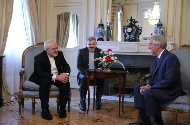Iran, Uruguay call for expansion of economic ties