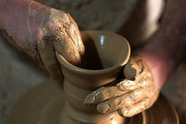 رونق اقتصاد قزوین با چرخاندن چرخ سفالگری