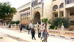 باريس تطالب بحماية الجماعات الارهابية المسلحة في إدلب