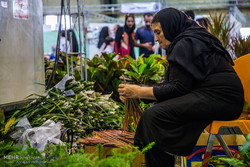 Yezd kentindeki Çiçek ve Bitki Fuarı'ndan kareler