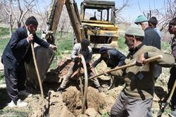 پرکردن چاه های غیرمجاز به همت اهالی روستای کهرویه