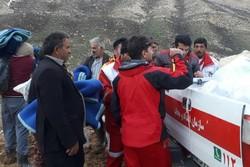 توزیع اقلام مورد نیاز در میان عشایر شهرستان کوهرنگ