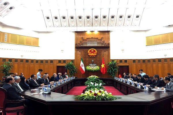 لاریجانی با نخستوزیر ویتنام دیدار کرد