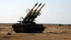 مصدر عسكري سوري: إنذار خاطئ أدى إلى إطلاق عدد من الصواريخ