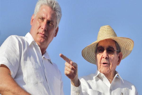 خداحافظی مردم کوبا با «کاسترو»/ میگوئل وارد می شود