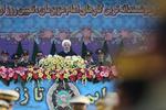 ایرانی فوج اور سپاہ  ملک کی طاقت اور قدرت کا مظہر/ ملک کے دفاع کے لئے ہتھیار بنانے کے لئے کسی کی اجازت کی ضرورت نہیں