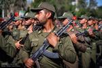 مراسم رژه نیروهای مسلح در کرج آغاز شد