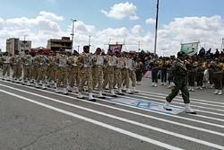 رژه ستارگان زمینی در شاهرود انجام شد/ نیروهای مسلح در اوج اقتدار