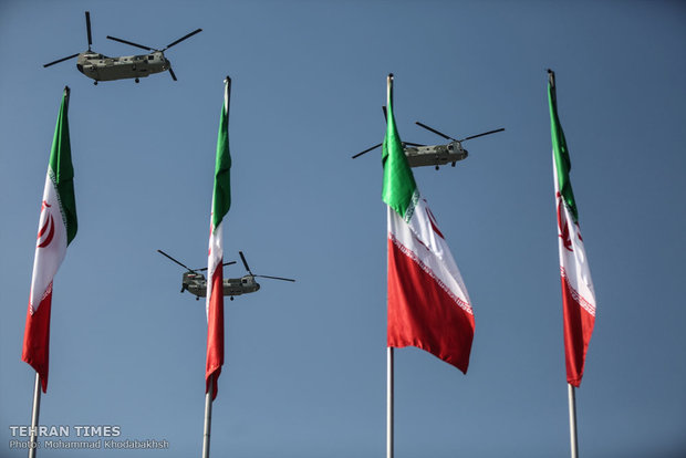 Iranian Armed Forces mark National Army Day