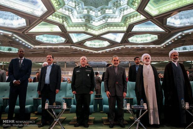 رقابت ۱۲ شرکتکننده در صبح نخستین روز مسابقات بینالمللی قرآن