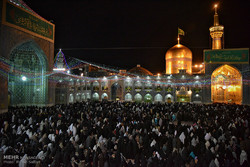 حرم رضوی میں حضرت امام حسین (ع) کی ولادت باسعادت کی مناسبت سے تقریب