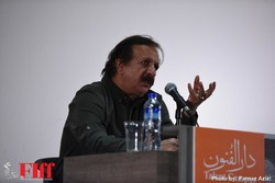 Iranian director Majid Majidi speaks during a workshop at the 36th Fajr International Film Festival at Tehran's Charsu Cineplex on April 21, 2018. (FIFF/Farnaz Azizi)