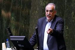 مسعود کرباسیان وزیر اقتصاد در صحن مجلس