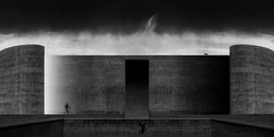 """""""Habitant of Wall 4"""" by Iranian photographer Mehdi Ruhi won the CPNO Bronze Medal at the 1st Zhuhai International Exhibition of Photography in China."""