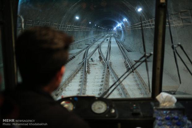 وضعیت خطوط ۶ و ۷ مترو تهران/ تجهیزات مترو تا مرداد برسد