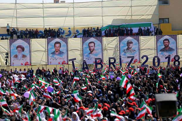 الرئيس روحاني يقوم بجولة تفقدية في محافظة أذربيجان الشرقية