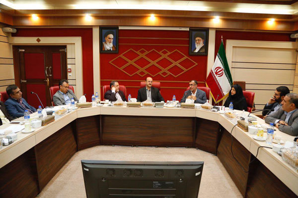 ستاد بحران برای بررسی خسارت سرمازدگی در قزوین تشکیل شود