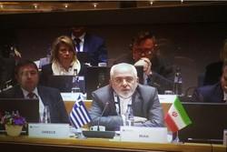 Zarif: Dış müdahaleler Suriye barışını erteledi