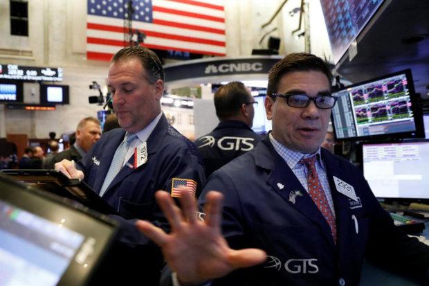 سقوط سنگین والاستریت با وحشت از بالا رفتن سود اوراق و هزینهها