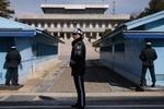 کیم جونگ اون خط مرزی ۲ کره را میشکند