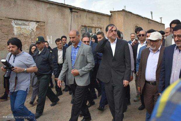 بوزير الصحة يتفقد الوضع الصحي في المناطق النائية جنوب طهران
