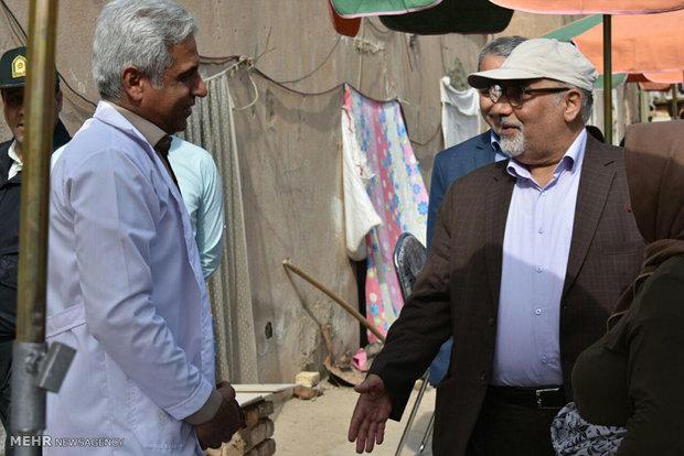 وزير الصحة يتفقد الوضع الصحي في المناطق النائية جنوب طهران