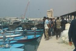 سرنوشت نامعلوم صیادان ۲۰ قایق در شهرستان دیر/ جستجو ادامه دارد