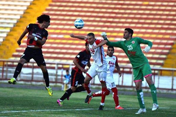 2769292 - وضعیت مبهم مشهد در سطح اول فوتبال/ از دو تیم لیگ برتری تا بیتیمی