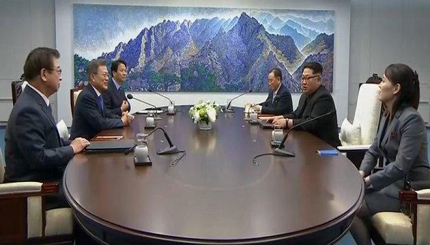 رئيس كوريا الجنوبية يقترح  وصل سكك الحديد بين الكوريتين