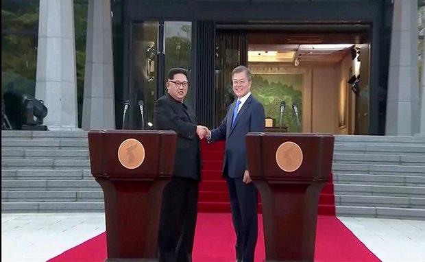 زعيما الكوريتين يوقعان بيانا للسلام في شبه الجزيرة الكورية