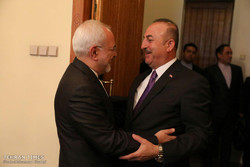 Zarif meets Turkish counterpart in Moscow