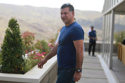 علی دایی در کمیته ملی المپیک حکم گرفت/ دعوت از همسر محمدجواد ظریف
