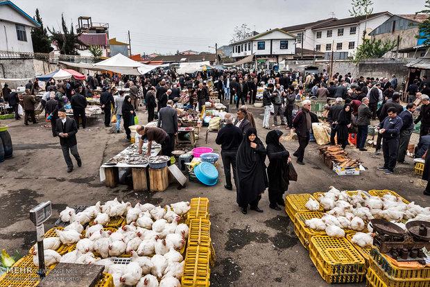 """السوق الشعبي """"تولم"""" في مدينة """"صومعة سرا"""""""