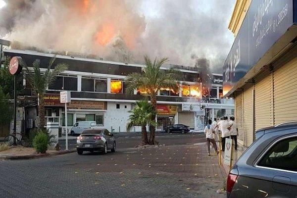 جدہ کی تجارتی مارکیٹ میں آگ لگ گئی