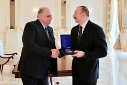 دیدار  رئیس اتحادیه جهانی کشتی با رئیسجمهور آذربایجان