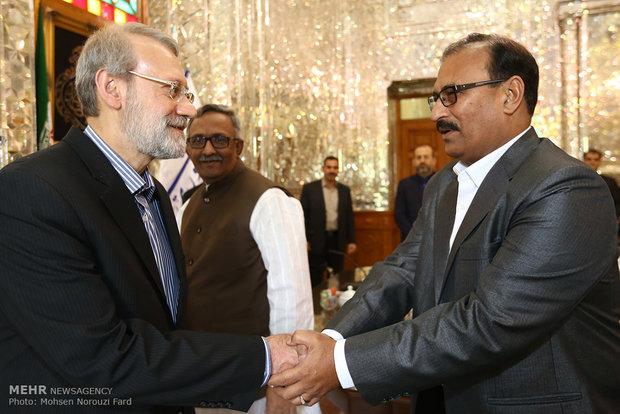 لاريجاني يستقبل الامين العام لحزب العمال في بنغلاديش
