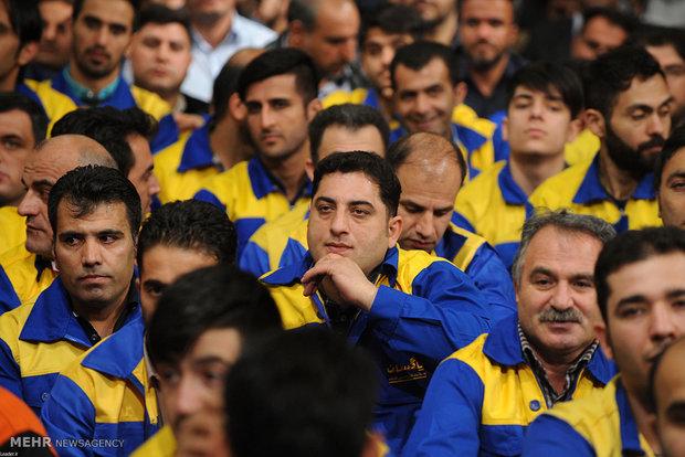 ابهام در زمان توزیع بسته حمایتی کارگران/سکوت مسئولان وزارت رفاه