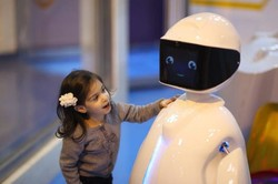 Iran's AUT builds robotic playhouse for kids