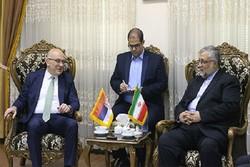 پیشنهاد آغاز گفتوگوهای دینی و فرهنگی ایران و صربستان