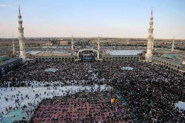 حرم حضرت معصومه (س) و مسجد جمکران در آستانه نیمه شعبان
