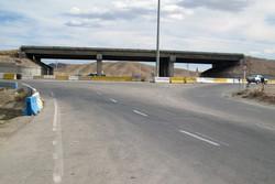 تقاطع غیرهمسطح کنارگذر یزد تا پایان امسال بهرهبرداری میشود