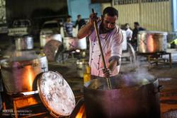 توزیع ۸ هزار پرس غذای نذری در بقاع شاخص دزفول