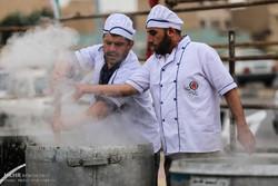 احیای رسم غدیر با توزیع ۷۵ هزار غذا بین مردم ۳ استان
