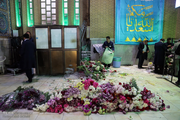 Iranians celebrating Imam Mahdi birth anniversary