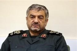 اللواء جعفري: مهمة الحرس الثوري إزالة العقبات أمام مسيرة الثورة الإسلامية
