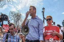 سازماندهیکننده راهپیمائی غیرقانونی دیروز در مسکو آزاد شد