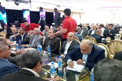برگزاری همایش دریک کارخانه ورشکسته/دریغ ازوجودیک کالای داخل استان